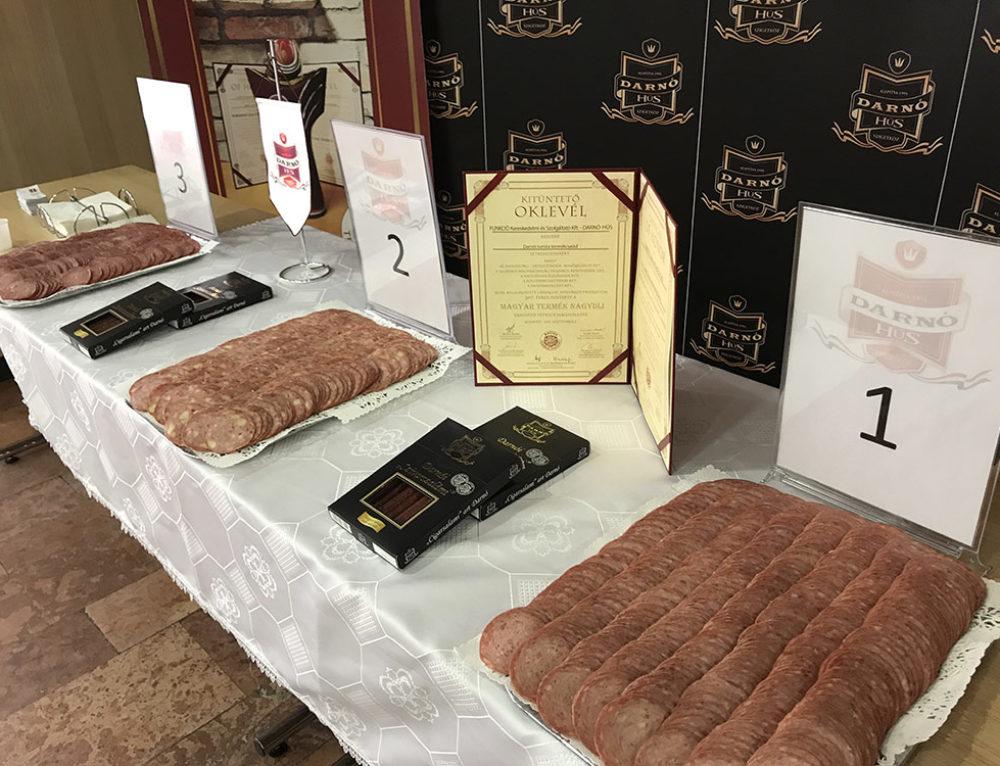 177 fő kóstolt és szavazott! Innentől minden egyes eladott kiló Darnói Téli Turista után 10 Ft-tal támogattuk a Rotary Klubot!